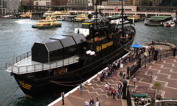news_091013_1_6_Sea_Shepherd_Receives_Support_in_Sydney