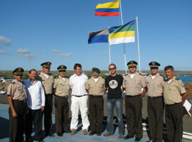 news_091116_1_4_Heads_of_police_in_Galapagos_and_Sea_Shepherd